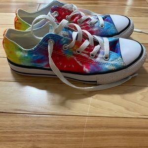 Converse shoes size 2